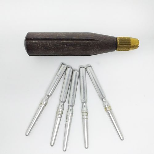 """Mandril """"Chiarugi"""" para Fagote, kit c/cabo e 5 pontas, usado"""