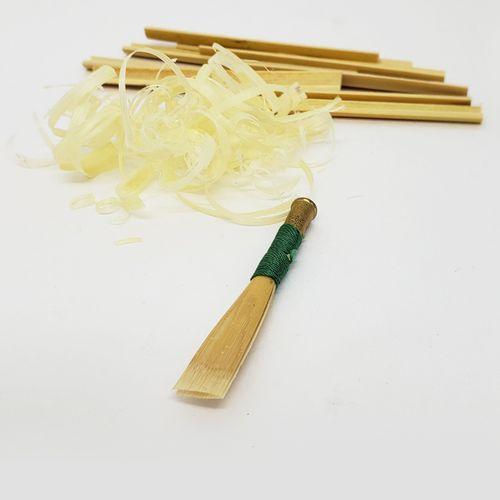 Palheta para Corne Inglês, raspagem americana, artesanal- unid.