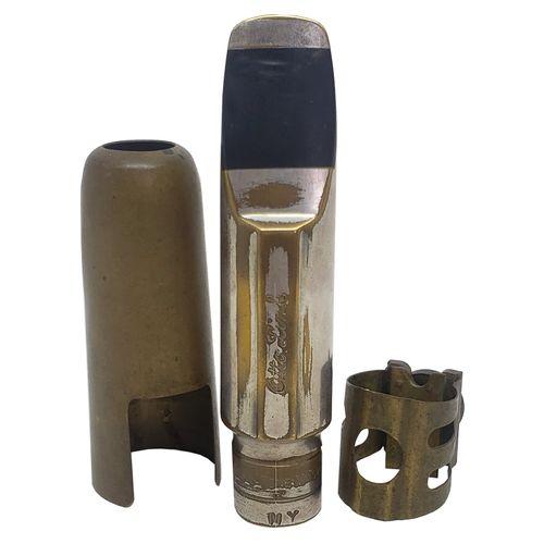 Boquilha Sax Tenor Otto Link New York 8* Metal, c/abraçadeira e cobre boquilha de metal, usado